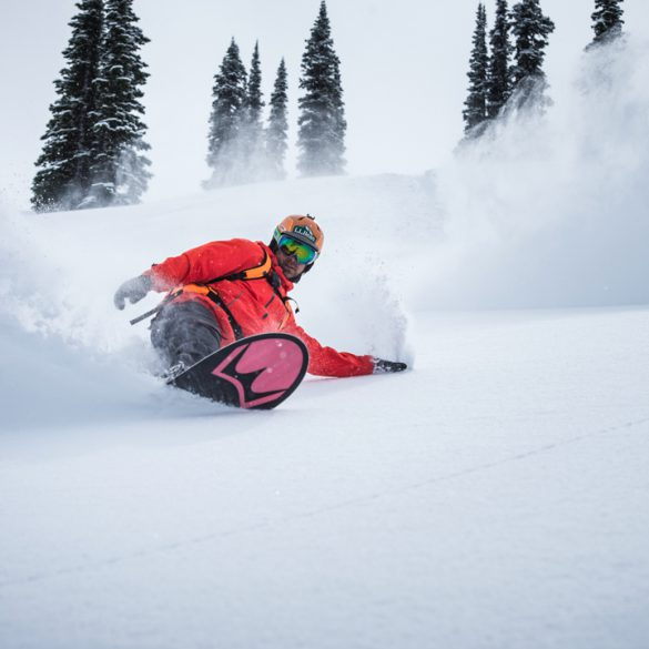 Snowboarding. 18-19 JHSM. Seth Wescott making a turn in British Columbia. Photo: Chad Chomlack.