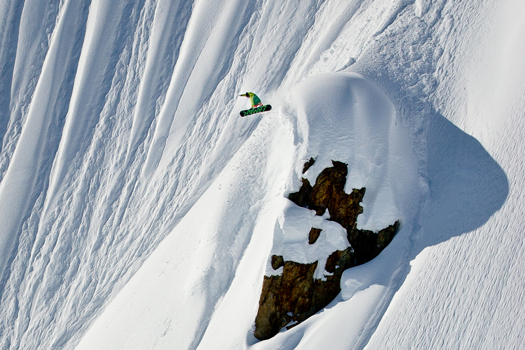 snowboarding. 18-19 JHSM. Adam Dowell, Alaska. Photo by Andrew Miller.